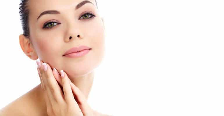 hands by face cosmetic surgery